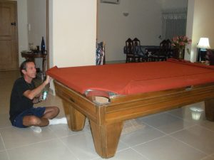 811-pool-table-assembly