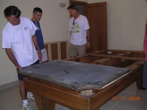 814-pool-table-assembly