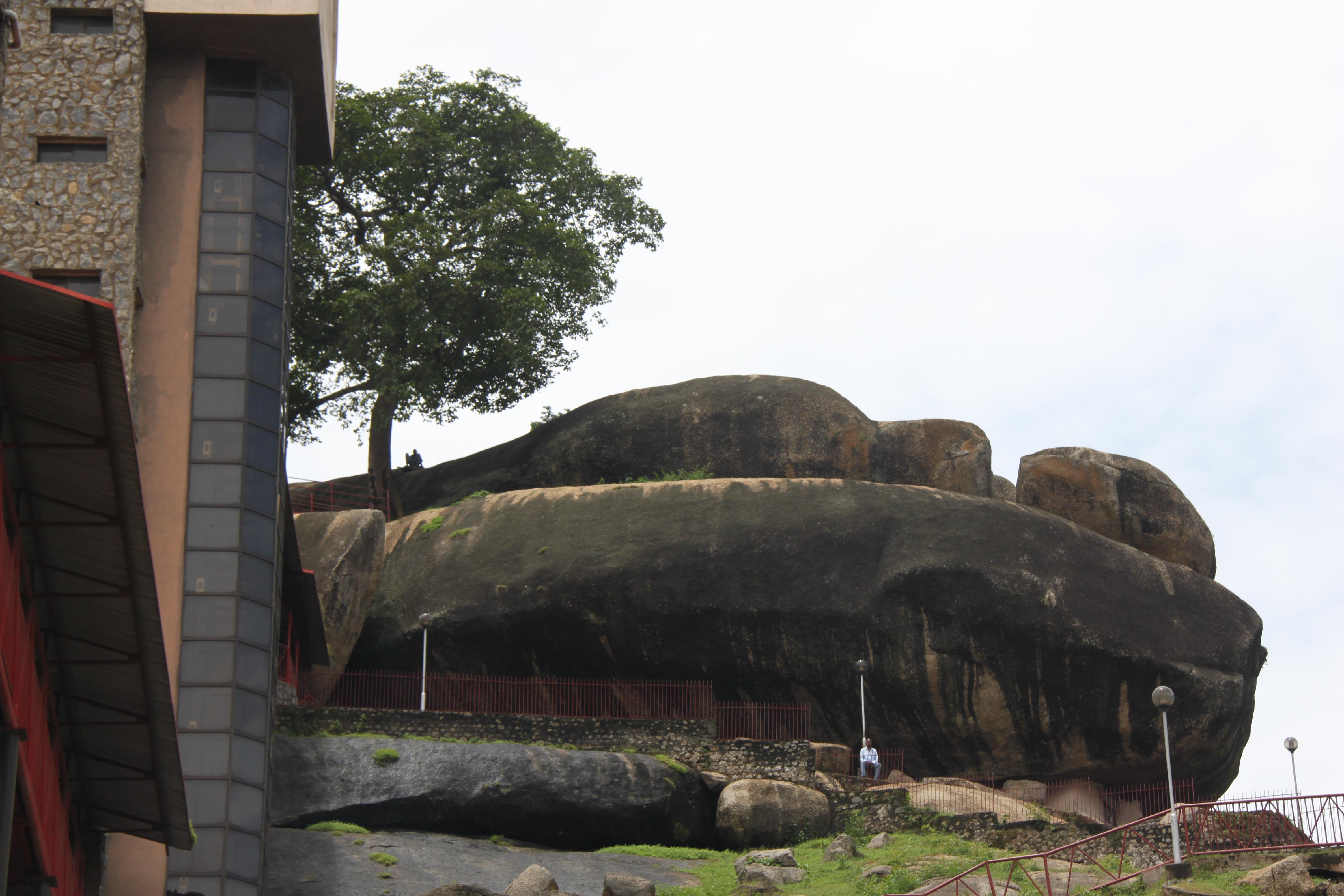 Detomos Abroad 187 Blog Archive 187 Olumu Rock A Yoruba Shrine